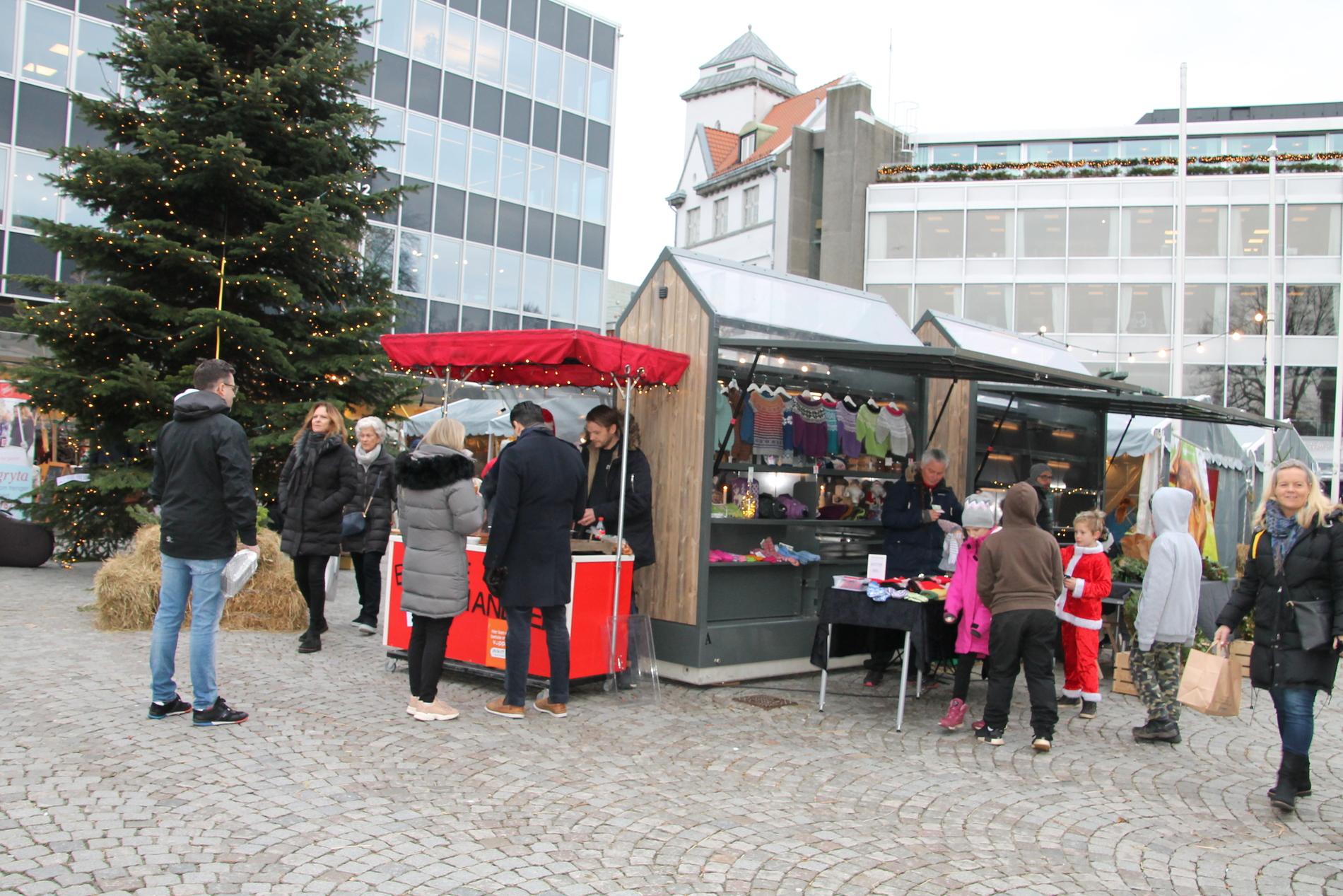 Julemarked i Byparken og på Domkirkeplassen